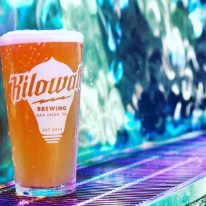 Pints + Plank Yoga @ Kilowatt Brewing Ocean Beach